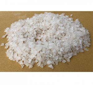 Hóa chất công nghiệp muối NACL dùng trong quá trình hoàn nguyên cation trong dây chuyền sản xuất có nồi hơi. Sản phẩm được ứng dụng trong xử lý làm mềm nước, công nghệ thực phẩm.